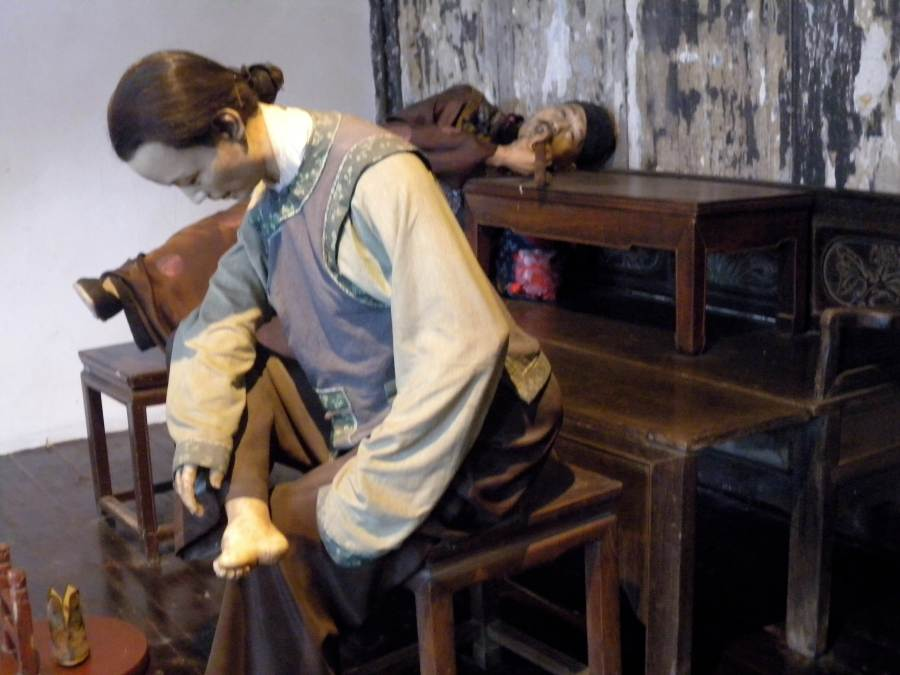 the foot binding museum, as Matt noted, part of China's decadent past that was scoured away by the revolution, now thankfully only exists in gruesome pictures/models...not to mention the opium wars