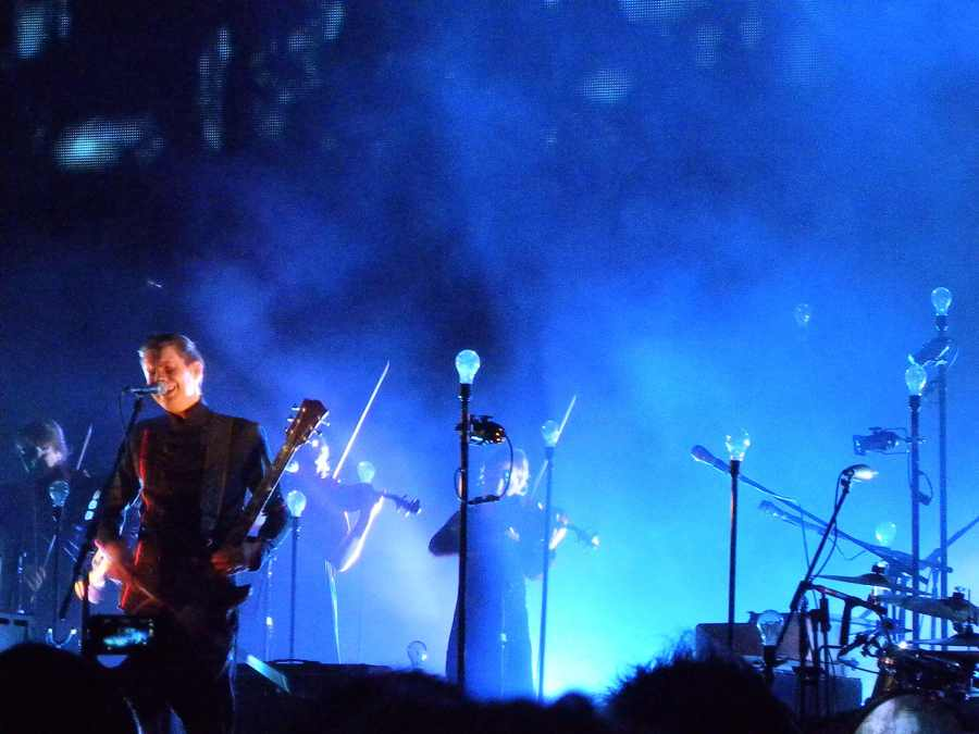 jonsi holding the note till the breathless end