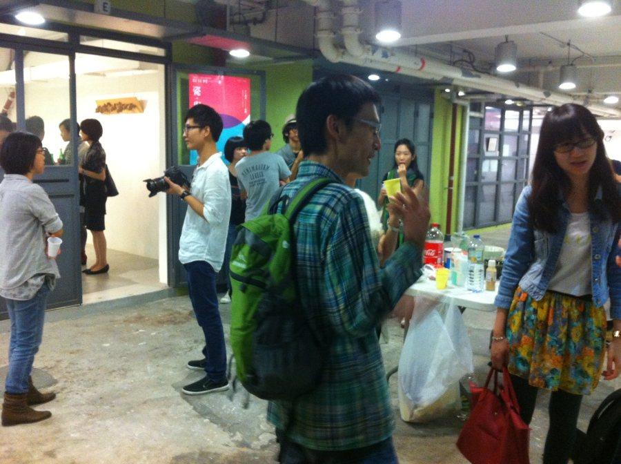 Unit Gallery group show by Rachel'sHK art school ceramics students