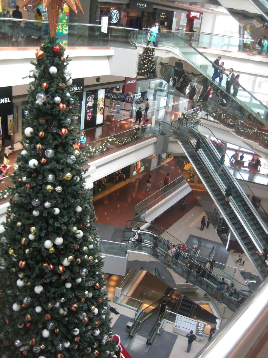 you've seen the big tree, had your photo taken in front of it, now go and shop, shop shop, shop, shop, shop...