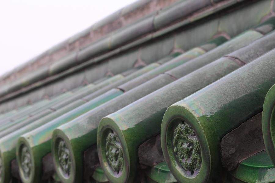 glazed ceramic roof tiles